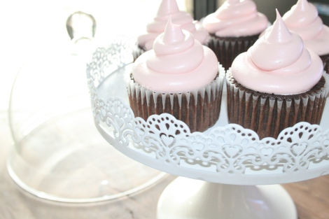 devils food cake and marshmallow frosting
