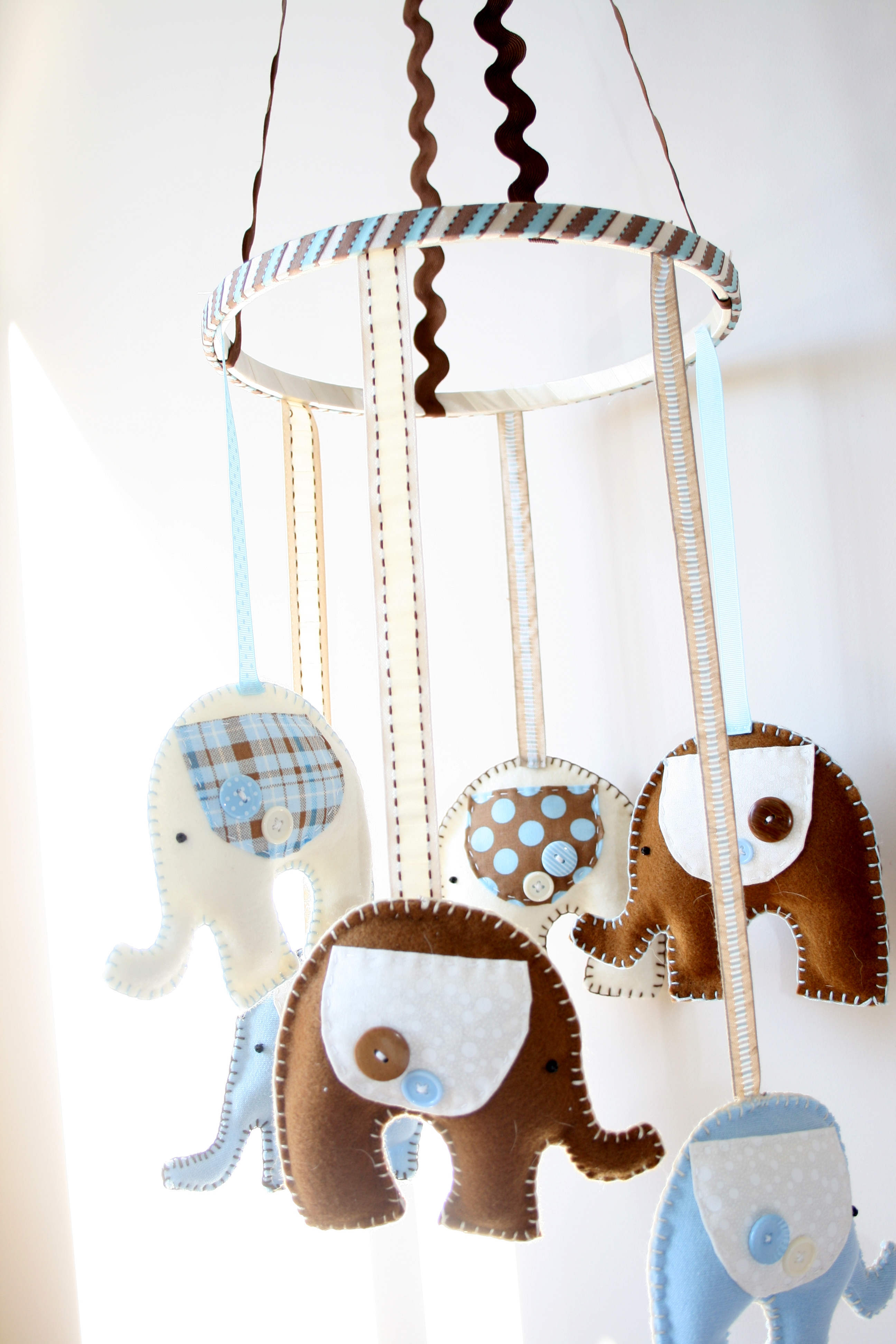 Project Nursery How To Make A Mobile Little Bean Bakes
