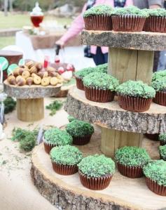 green moss cupcakes